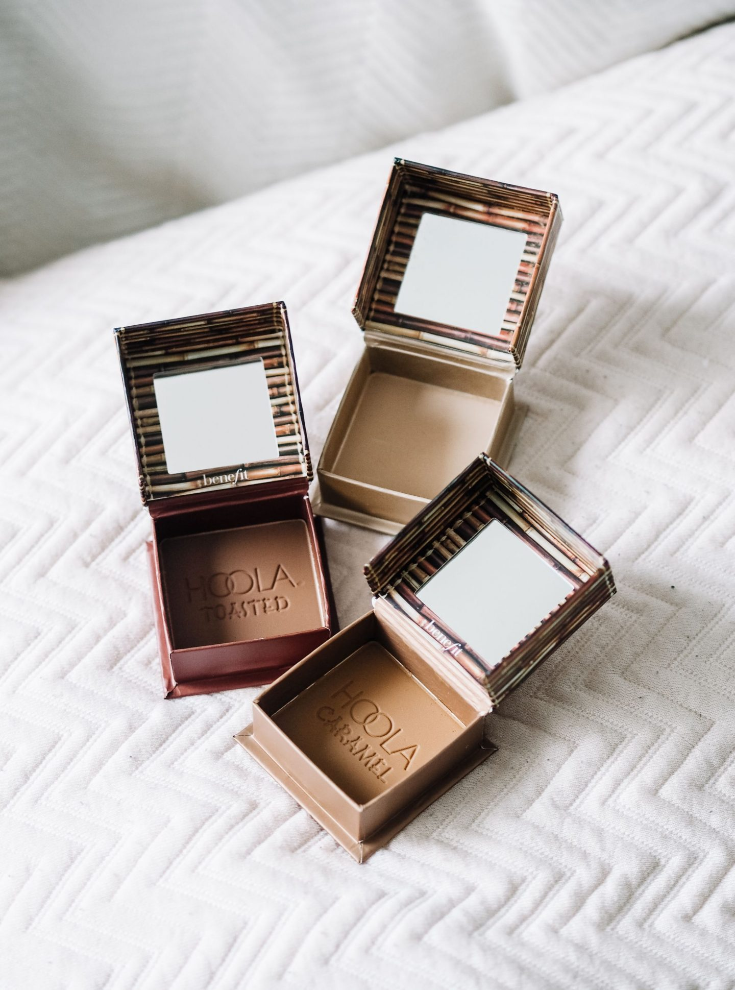 Bronzer For Every Skin Tone: Benefit Hoola Lite, Toasted & Caramel