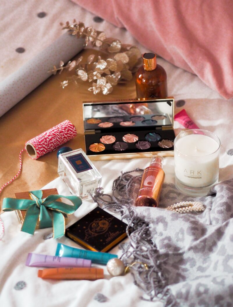 7 Last Minute Loved-By-Everyone Beauty Gifts For The Luxe Lover