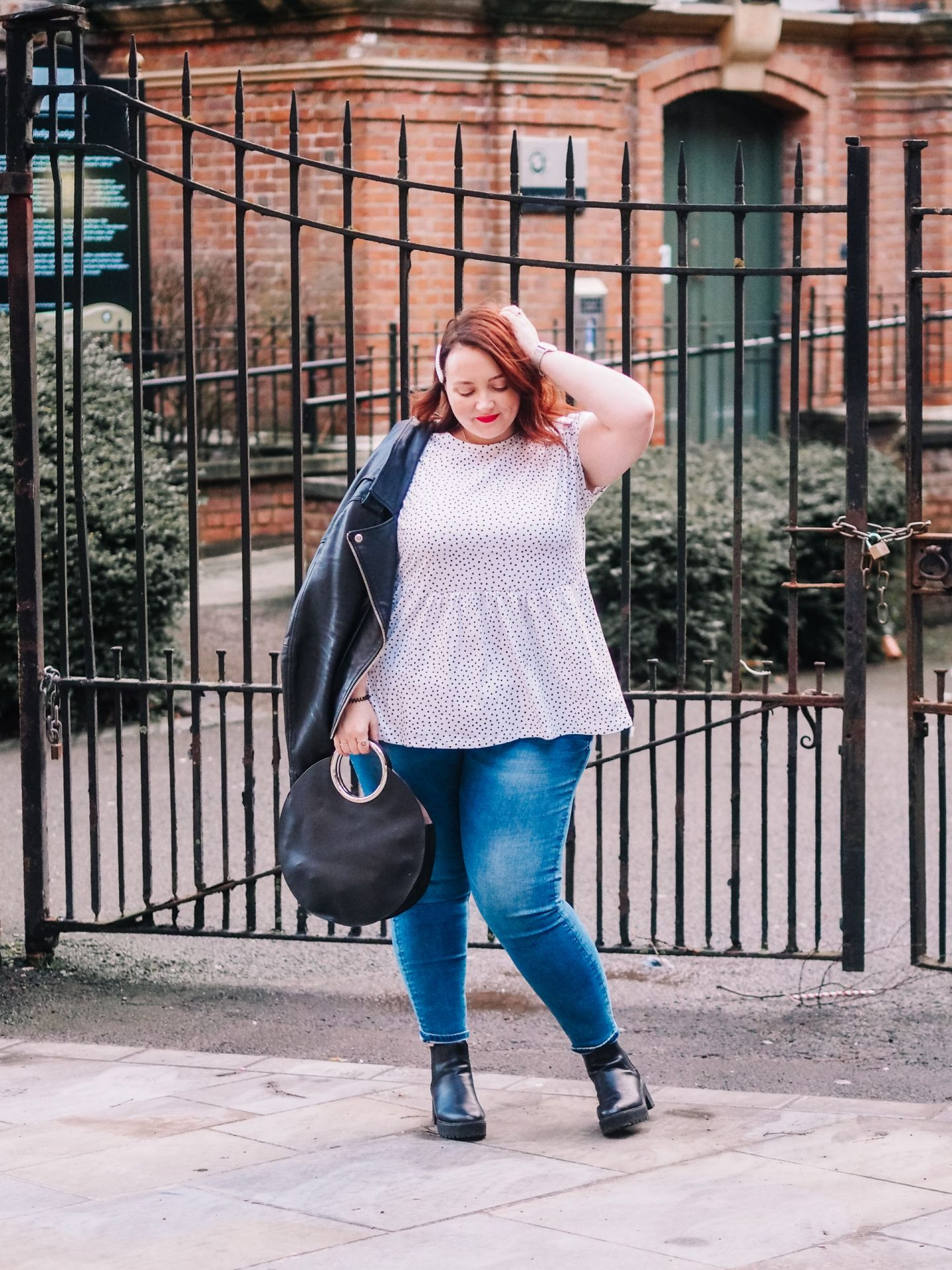 Five Styles Of Jeans To Try & Three Ways To Wear Jeans If You're Curvy