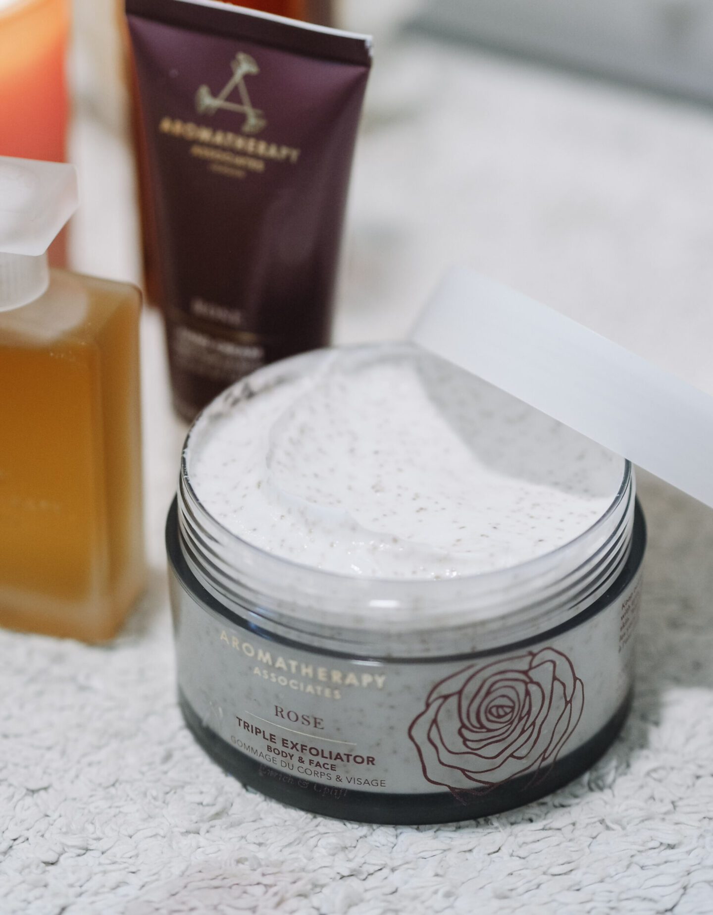 Aromatherapy Associates New 'Rose Reimagined' Collection Review Shower Oil Body Mask Scrub Exfoliator Hand Cream